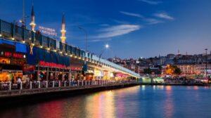 Galata Bridge Istanbul Pariwisata Turki Paling Bersinar di Tengah Pandemi, Ternyata Ini Rahasianya
