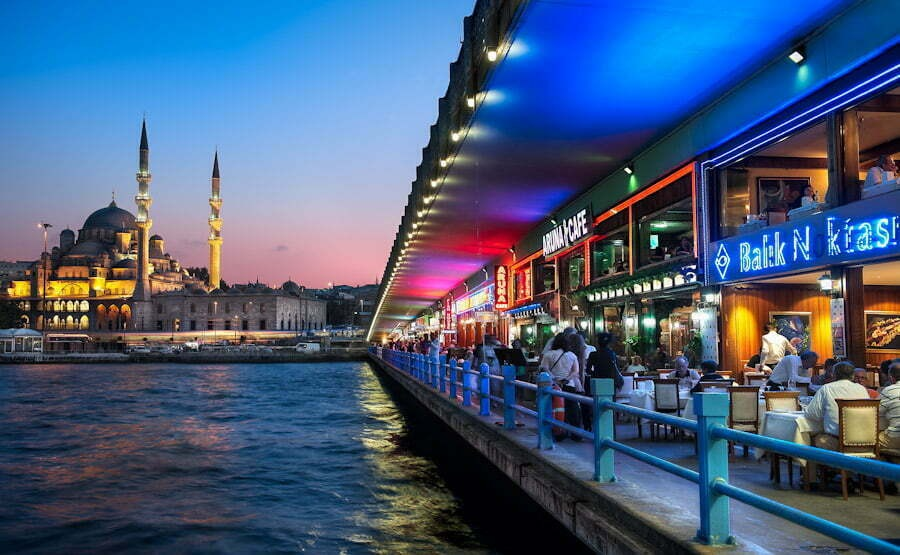 Galata Bridge Pariwisata Turki Paling Bersinar di Tengah Pandemi, Ternyata Ini Rahasianya