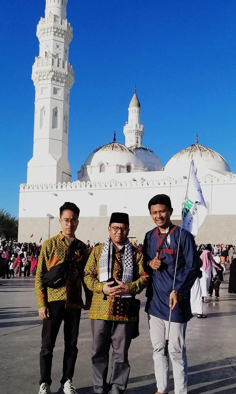 Masjid Quba Pastikan kamu berkunjung ke Masjid Quba saat melaksanakan ibadah Haji maupun Umrah !!!