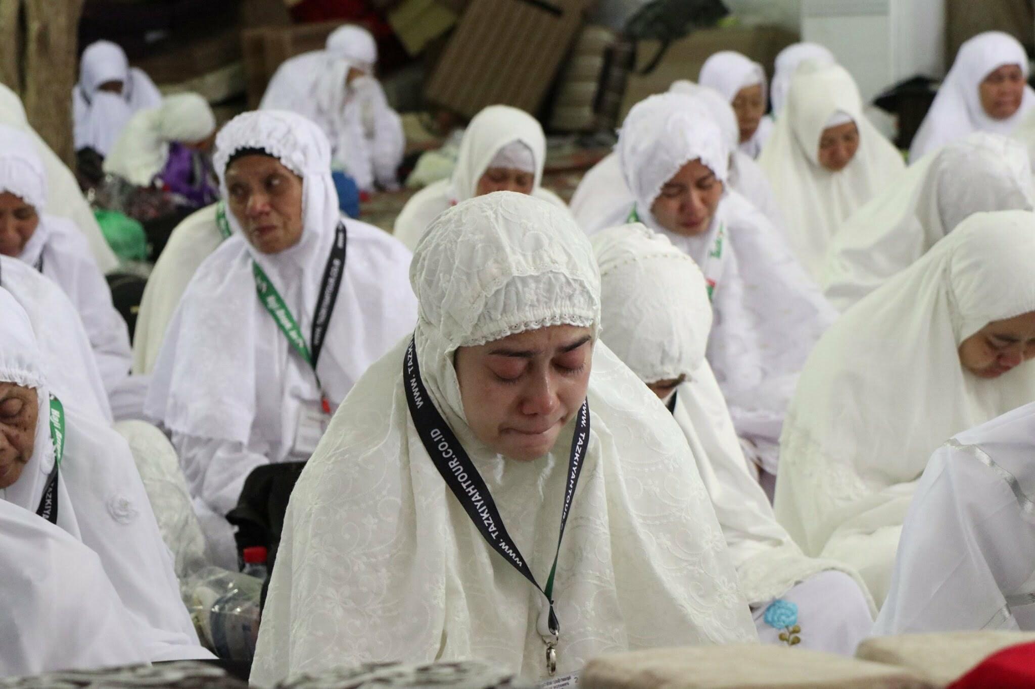 """wukuf Memaknai puncak ritual ibadah haji """"Wukuf di Padang Arafah"""""""